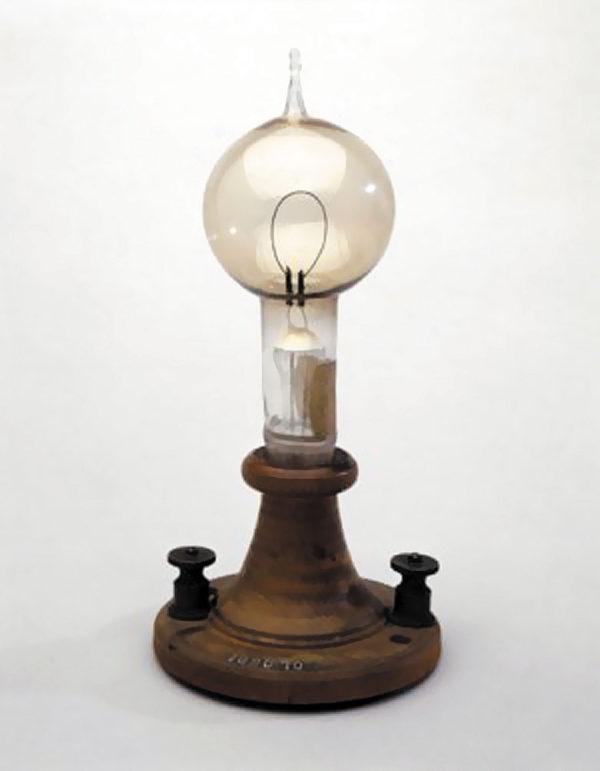 Рис. 6. Лампа Эдисона