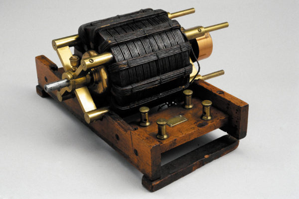 Макет двигателя Теслы