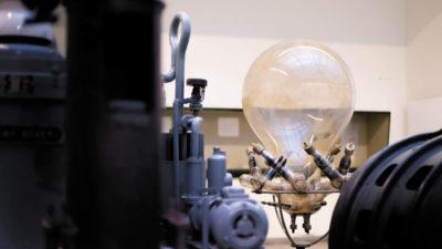 Газоразрядные приборы — первые электронные преобразователи