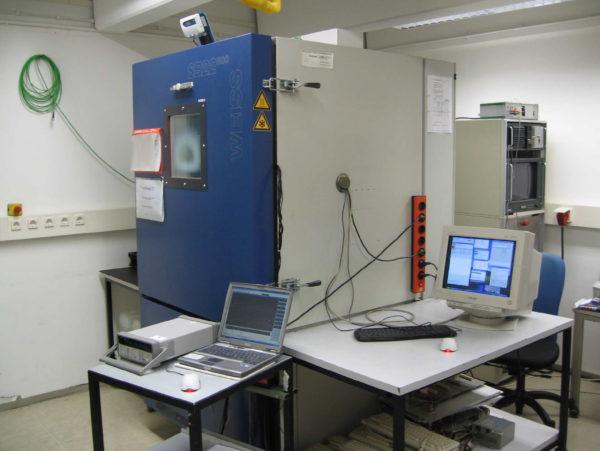Камера для проведения климатических испытаний промышленных компьютеров Kontron KISS