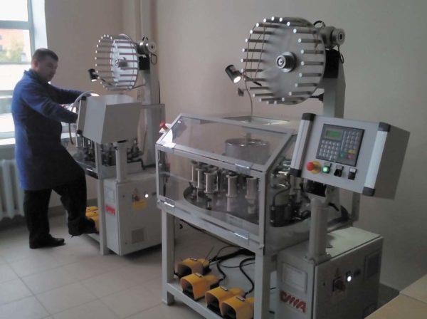 Автоматическая оплеточная машина компании OMA Braiding