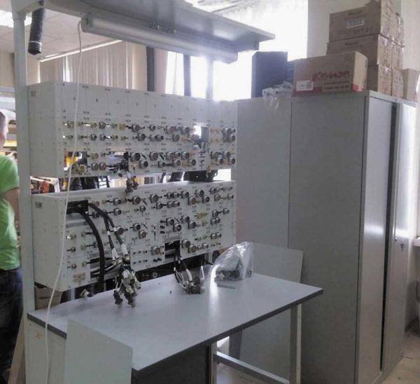 Кабельный тестер для автоматической проверки жгутов