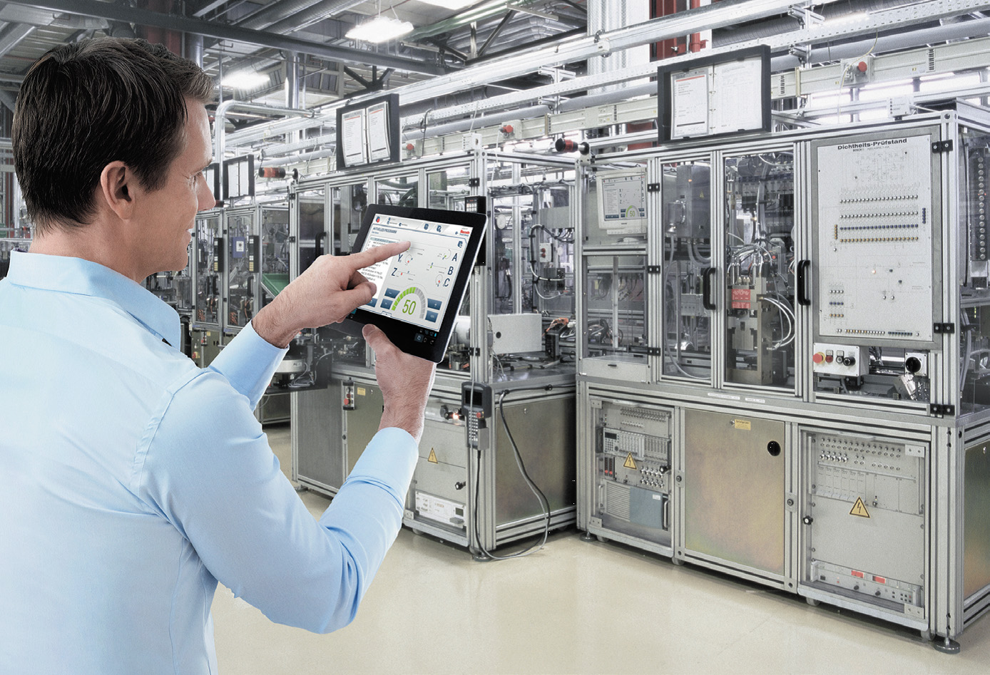 Достижения в области приводов позволяют производителям распределять функции привода через встраиваемые компьютерные технологии
