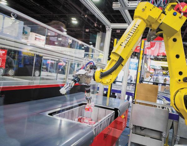 Система роботизированной комплектации товаров снижает затраты на рабочую силу, увеличивает пропускную способность и сводит к минимуму контакты с людьми, которые могут привести к распространению инфекционных заболеваний