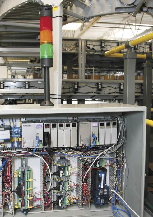 PAC, обладающий широкими возможностями и подходящий как для простых, так и для сложных систем контроля и управления