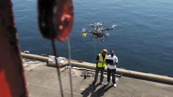 Воздушные роботы проверяют нефтегазовые активы, в то время как операторы остаются в безопасности на земле