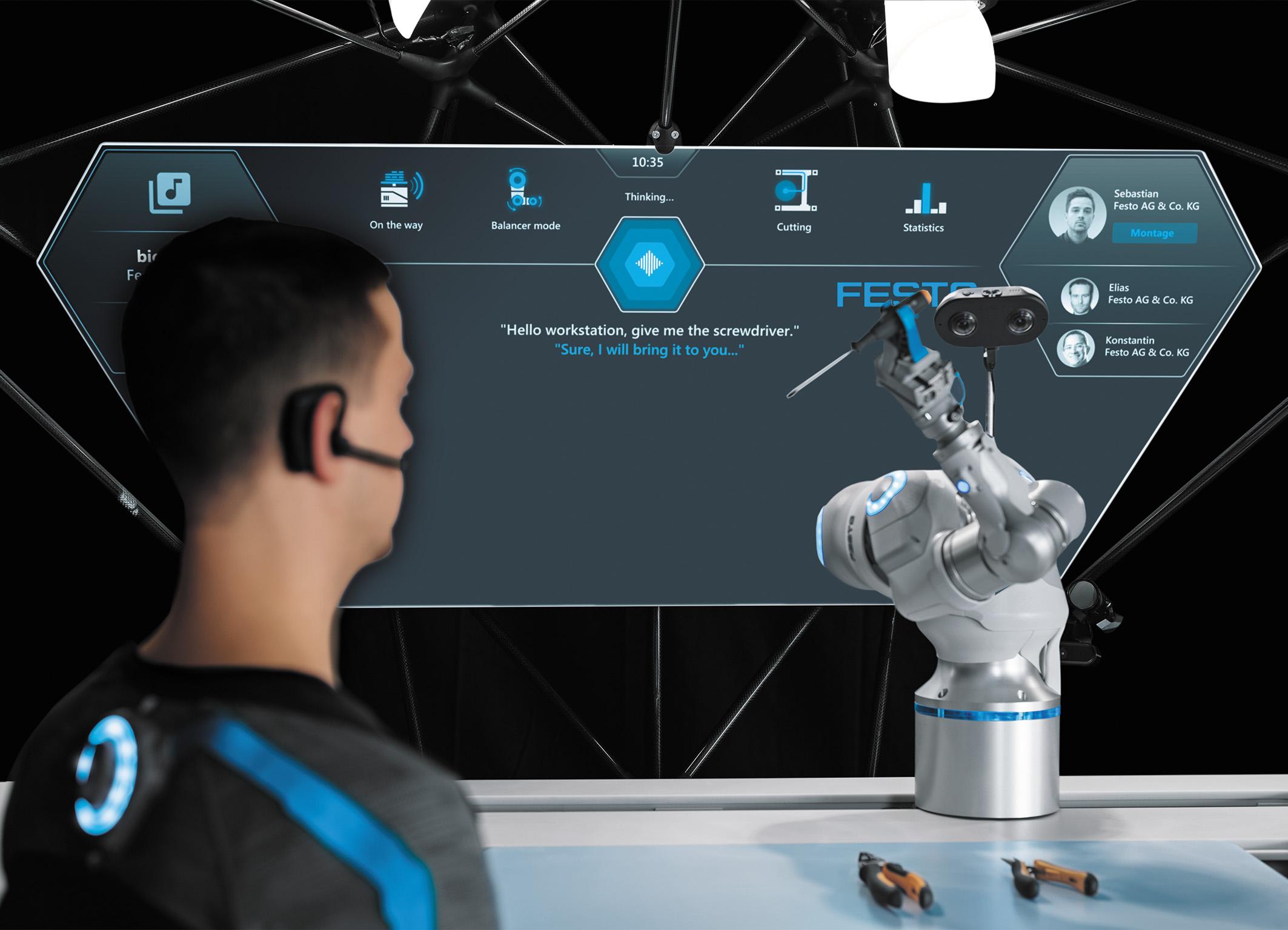 Люди могут контролировать BionicCobot посредством жестов, прикосновений или речи