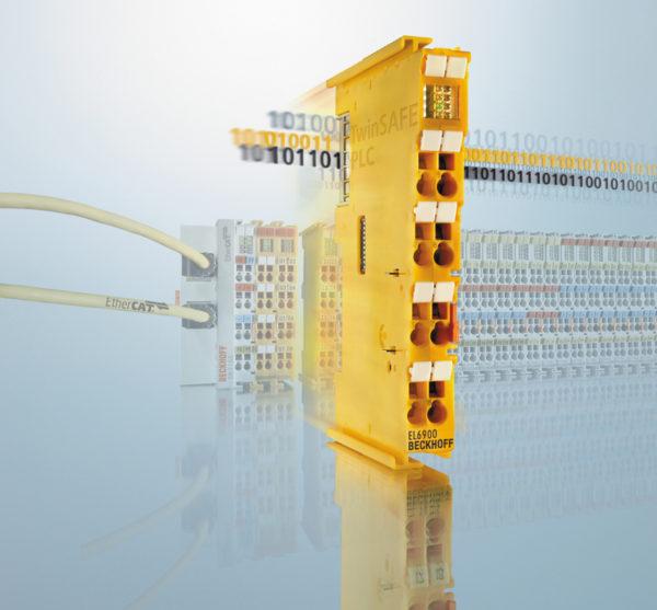 Интегрированные модули TwinSAFE от компании Beckhoff упрощают функциональную безопасность шаттлов CycloneCarrier