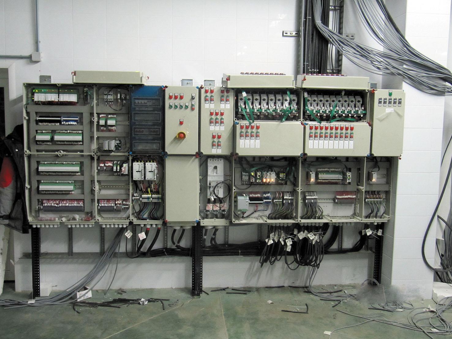 Рис. 4. Коммуникационная система Eaton SmartWire-DT на заводе «ДАМАТЕ», г. Пенза