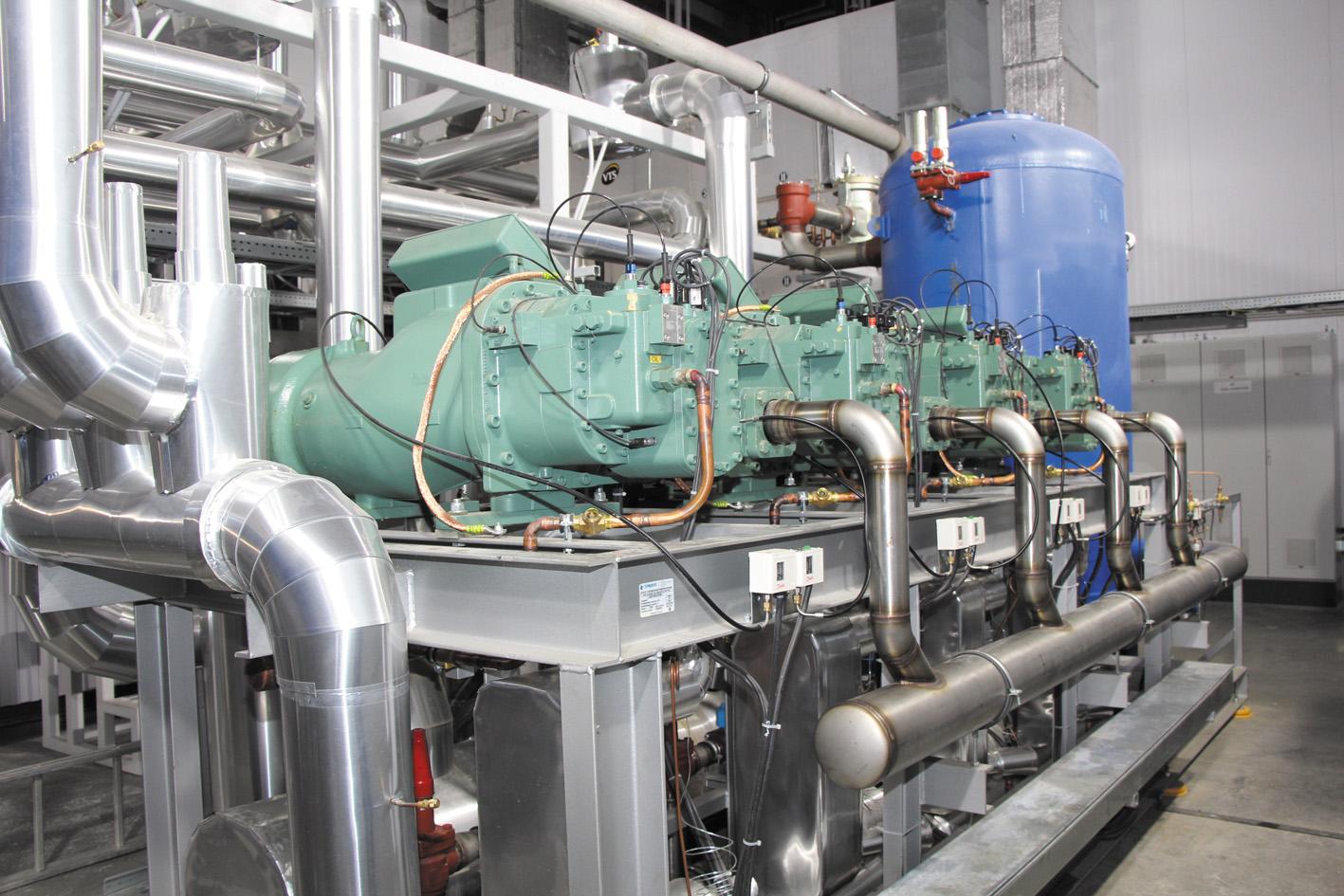 приготовление и подача «ледяной воды» (0…+0,5 °С),