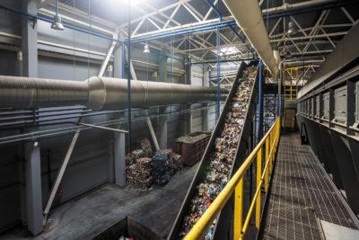 Решения для утилизации отходов на основе компьютера UTC-520 компании Advantech
