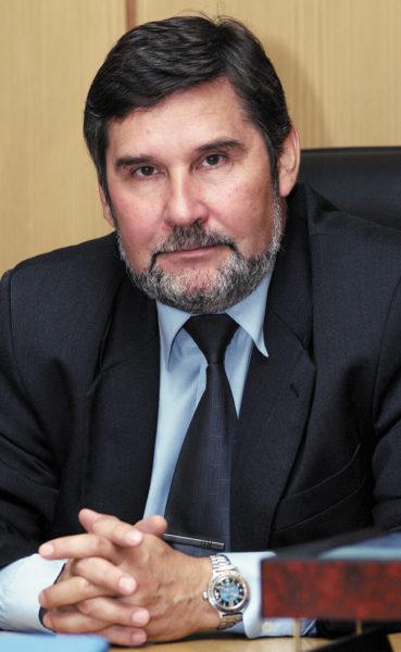 Сергей Стажков, д. т. н., профессор, заведующий кафедрой «Системы приводов, мехатроника и робототехника»