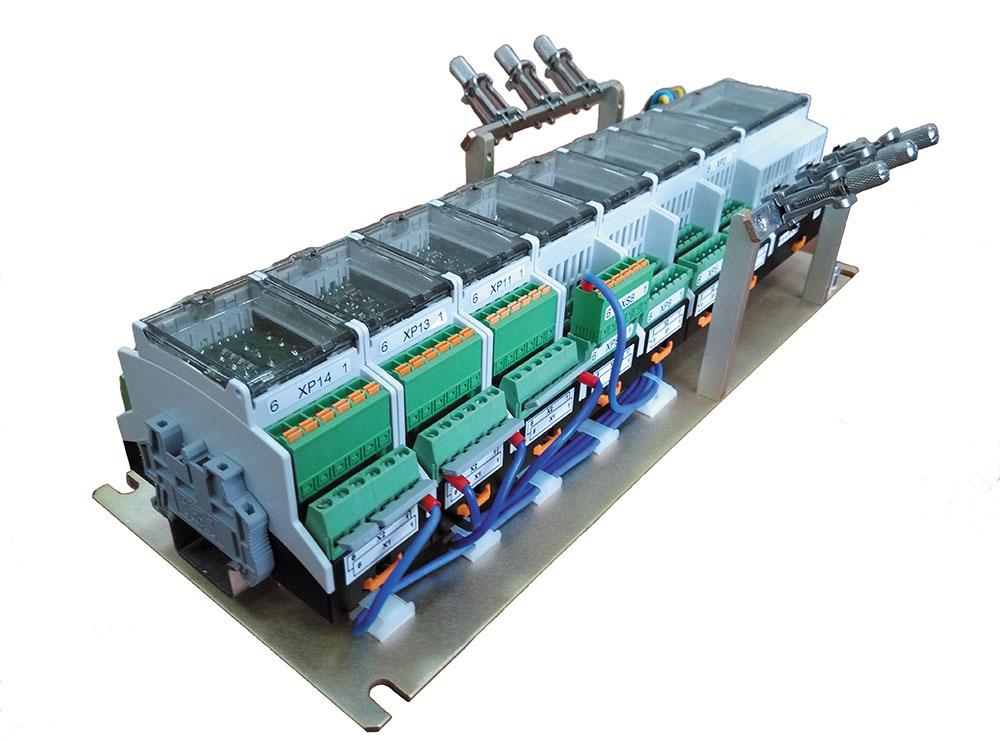 Рис. 7. Внешний вид сборки контроллера на базе модулей ПЛК «Бук»