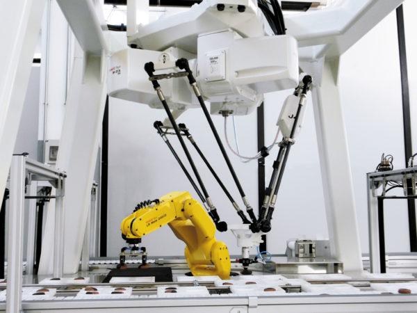 DELTA-робот Fanuc M-2iA для высокоскоростной укладки печеных изделий