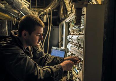 Процесс монтажа элементов электрооборудования по протоколу KNX в здании гостиницы