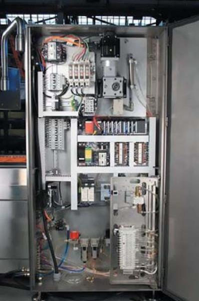 I-Series Thermoformerот компании VC999 Packaging Systems использует CC-Link IE Field Ethernet для соединения ПЛК и других систем автоматизации в этой станции