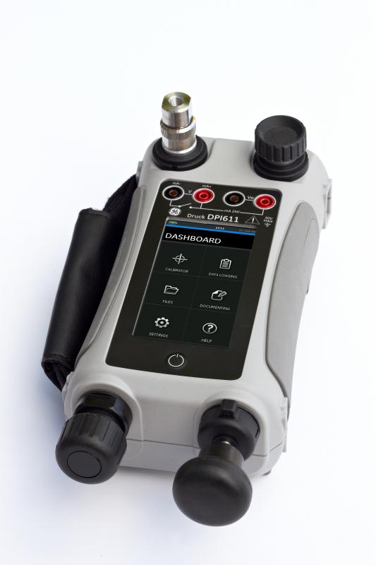 многофункциональный портативный калибратор давления  DPI 611