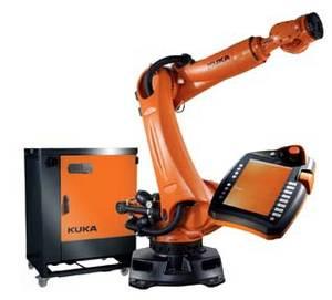 Модуль безопасного управления, разработанный компанией Fujitsu, был интегрирован в платформу пульта управления Kuka KR C4, основанную на системе Microsoft Windows и имеющую выход вEthernet. Это позволило на 35 % уменьшить количество оборудования, а кабелей и разъемов – вдвое. Было также снижено энергопотребление.