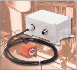Turck совместно с Balogh предлагает системы RFID. Передатчик, подключенный к контроллеру, поддерживает связь с меткой на расстоянии более 0,5 м.