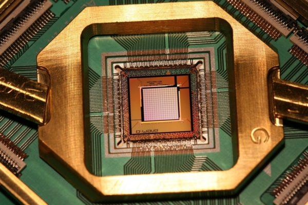 Google достигла превосходства в квантовых компьютерах. Это может обернуться глобальной катастрофой.