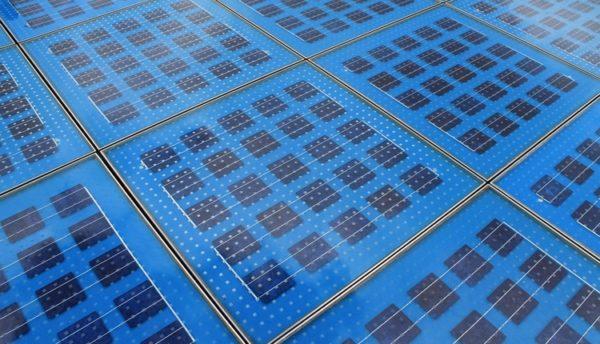 Ученые из РФ предложили новый способ получения «ребристых» солнечных батарей