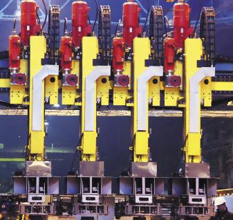НПП «Томская электронная компания» использует декартовые манипуляторы для транспортировки железнодорожных колес