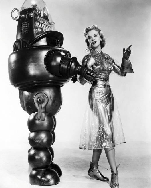 Рис. 1. Робот Робби из к/ф «Запретная планета» (США, 1956 г.)
