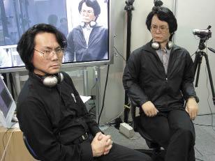 Рис. 3. Известный ученый в области андроидной робототехники Хироши Ишигуро и созданный им робот Геминоид