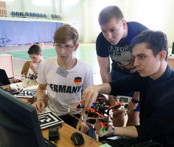 «ЭЛВИС» обучил молодые таланты технологиям искусственного интеллекта